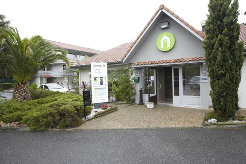 Hotel Campanile Biarritz - Biarritz - Building