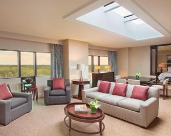 The Westin Southfield Detroit - Southfield - Living room