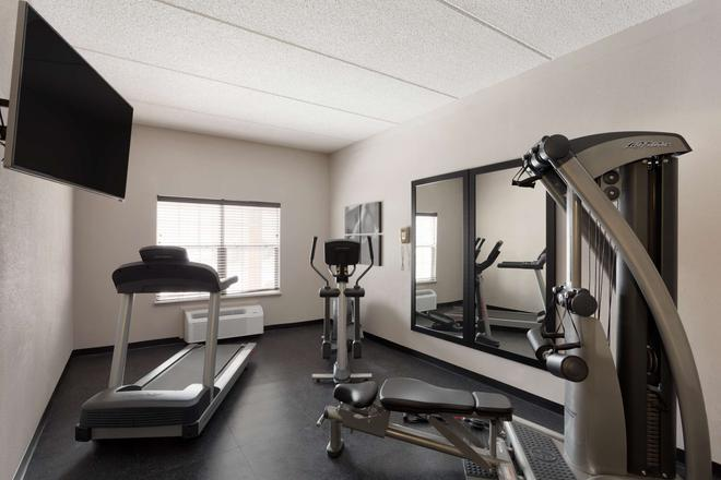 Country Inn & Suites by Radisson, Jackson, TN - Jackson - Fitnessbereich