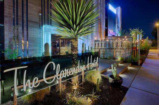 The Clarendon Hotel and Spa by GreenTree - Phoenix - Building