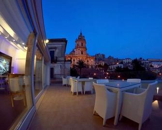 San Giorgio Hotel - Modica - Balkon