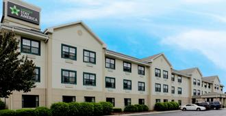 Extended Stay America Suites - Bloomington - Normal - בלומינגטון