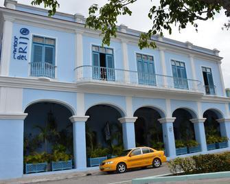 Islazul E Rijo - Sancti Spíritus - Building