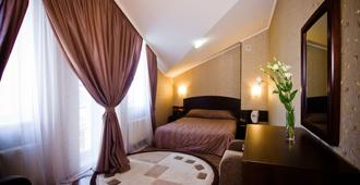 City Club Hotel - חארקיב - חדר שינה