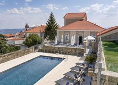 Casa das Muralhas - Covilhã - Pool