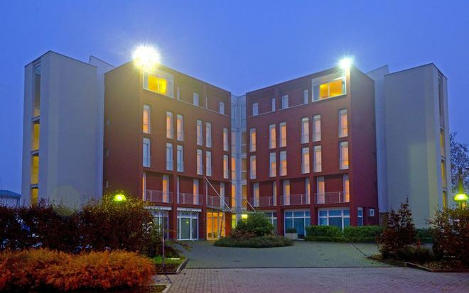 Hotel Campus - Collecchio - Building