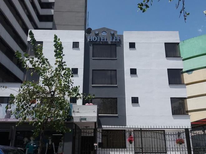 Hotel Lef - Quito - Building