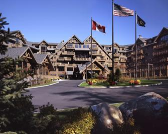 The Lodge at Spruce Peak - Stowe - Rakennus