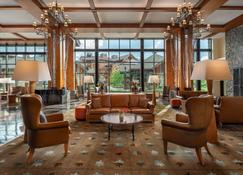 The Lodge at Spruce Peak - Stowe - Lounge
