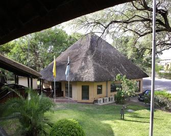 Cresta Riley's - Maun - Building