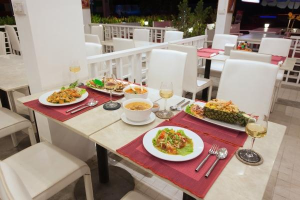 The Yim Siam Hotel - Patong - Restaurant