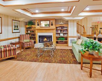 Country Inn & Suites By Radisson, Mcdonough, GA - McDonough - Living room
