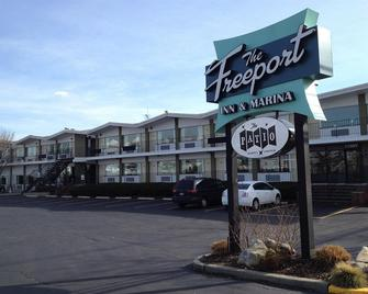 The Freeport Inn and Marina - Freeport - Edificio
