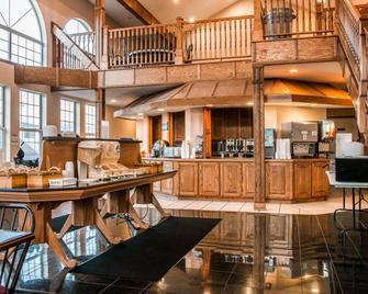 Clarion Hotel Beachfront - Mackinaw City - Restaurant