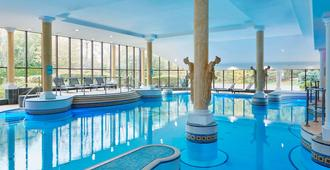 Manchester Airport Marriott Hotel - Manchester - Pool