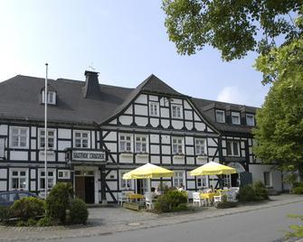 Landhotel & Gasthof Cramer - Warstein - Edificio
