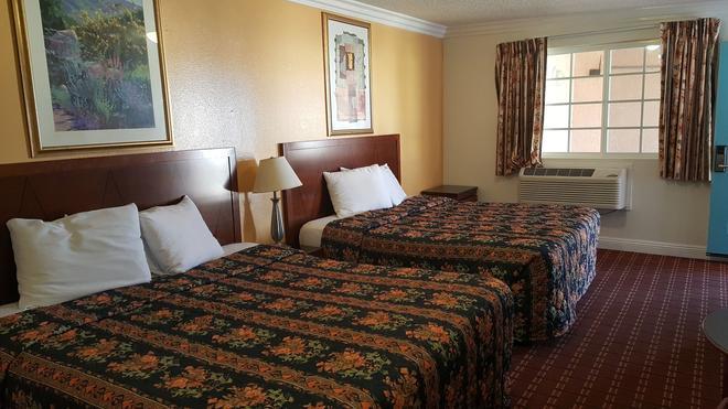 Royal Inn Motel Long Beach - Long Beach - Makuuhuone