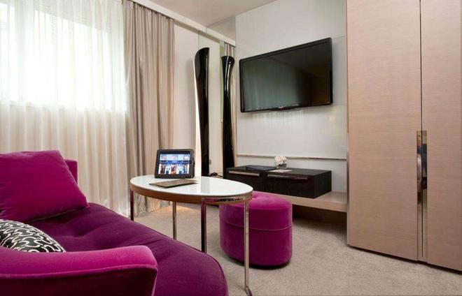 La Villa Maillot - Paris - Living room