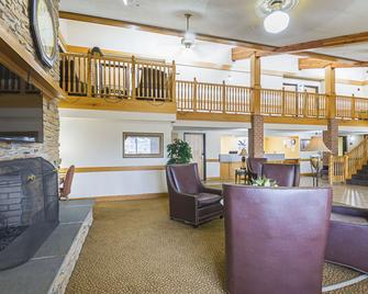 Quality Inn & Suites - Harrington - Lobby