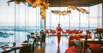 Avani+ Riverside Bangkok Hotel - Μπανγκόκ - Εστιατόριο