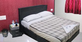 Hotel Ascot Inn - Mumbai - Slaapkamer
