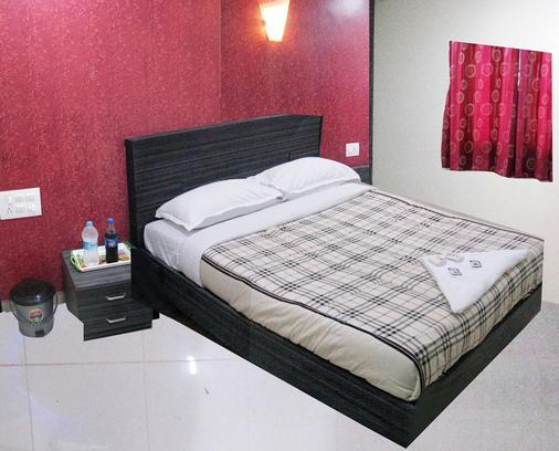 Ascot Inn - Mumbai - Phòng ngủ