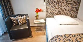 Hotel Alt Tegel - Berliini - Makuuhuone