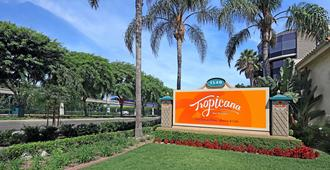 Tropicana Inn And Suites - Anaheim - Vista del exterior
