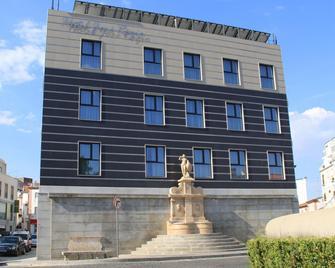 Hotel José Régio - Portalegre - Building