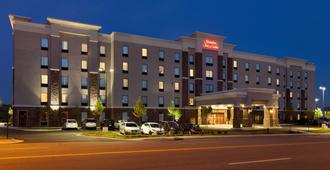 Hampton Inn & Suites Roanoke Airport - Roanoke