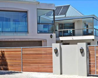 Kite Mansion Penthouse - Langebaan - Building
