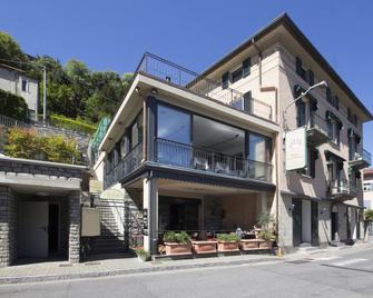 Hotel Orso Bruno - Moltrasio - Building