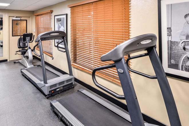 Best Western Plus Kelly Inn - Omaha - Gym