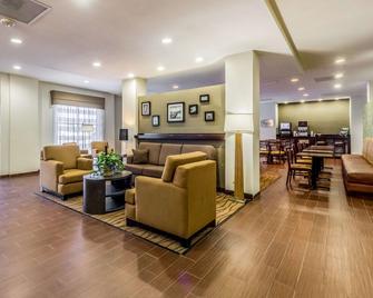 Sleep Inn and Suites Jourdanton - Pleasanton - Jourdanton - Lobby