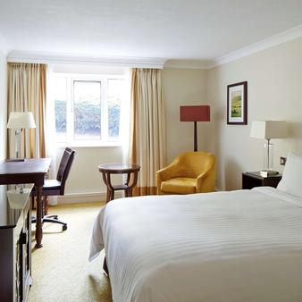 Meon Valley Hotel, Golf & Country Club - Southampton - Schlafzimmer