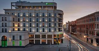 Holiday Inn Lodz - วูช