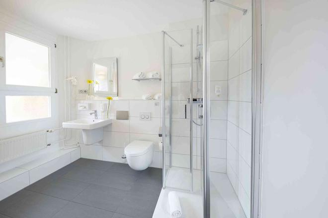 Ghotel Hotel & Living Kiel - Κίελο - Μπάνιο