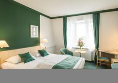 Hotel Kaiserin Augusta - Weimar - Phòng ngủ