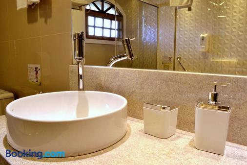 Hotel Bangalôs da Serra - Gramado - Bathroom