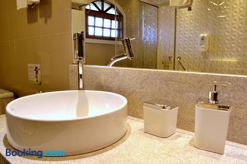 Hotel Bangalôs da Serra - Gramado - Salle de bain