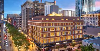 Courtyard by Marriott Denver Downtown - Denver