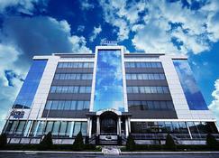 Divan Express Baku - Baku - Building