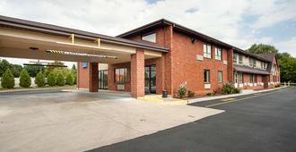 Motel 6 Binghamton - Binghamton