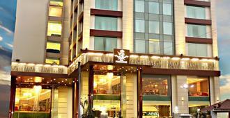 Hotel The Panache - Patna