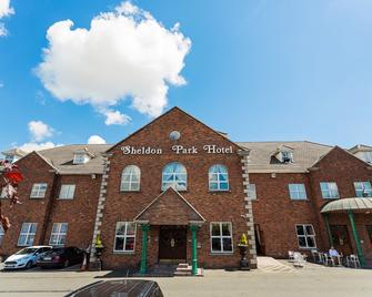 Sheldon Park Hotel & Leisure Club - Dublin - Building