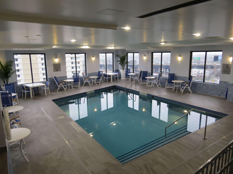 Hotel in North Bergen   Best Western Premier NYC Gateway Hotel