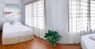 Residencia Katrina Bed And Breakfast - El Nido - Habitación