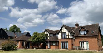 Badgemore Park B&B and Golf Club - Henley-on-Thames - Building