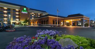 Holiday Inn Express at Monterey Bay - Seaside