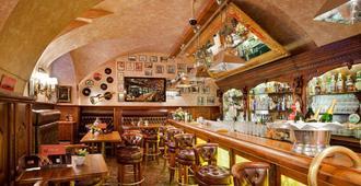 Hotel U Prince - Πράγα - Bar